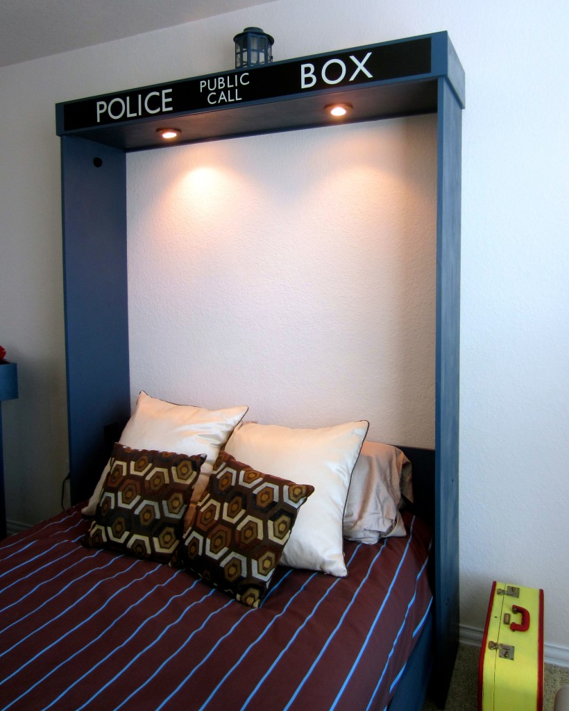 Tardis Murphy Bed Interior