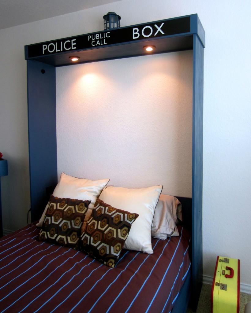 Tardis Murphy Bed Interior